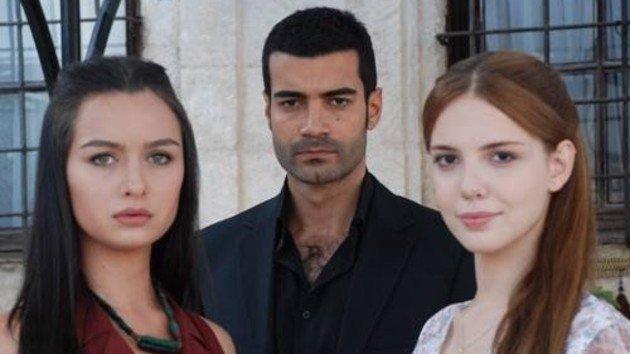 Photo of Fox TV'ye Yer Gök Aşk dizisiyle ilgili RTÜK'ten cinsellik uyarısı
