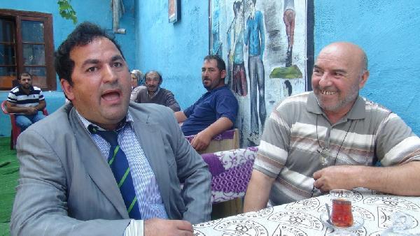 Photo of Yeni taklit fenomenimiz Karslı Tarkan-izle