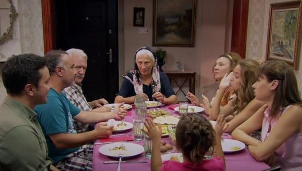 Photo of Kocamın Ailesi 52. bölüm 3. fragman-izle
