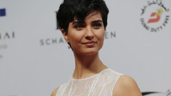 """Photo of Tuba Büyüküstün International Filmmaker Festivali'nde """"En İyi Kadın Oyuncu"""" ödülüne aday"""