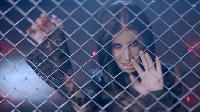 Photo of İrem Derici'nin Dantel şarkısının klibi izlenme rekoruna koşuyor-izle