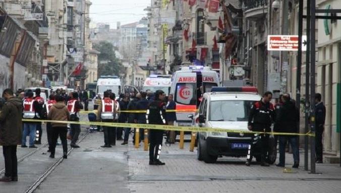 Photo of İstiklal Caddesi'ndeki bombalı  saldırıya yayın yasağı
