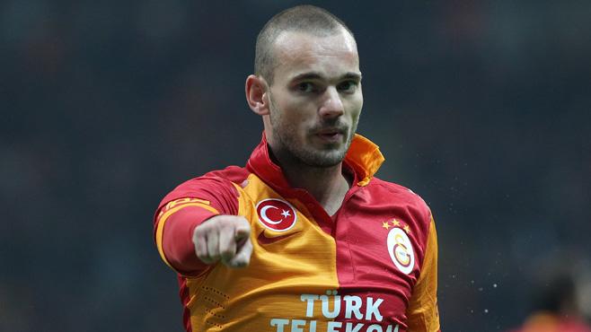 Photo of Söylentilere sıkılan Sneijder sonunda fena patladı