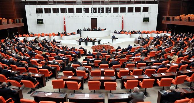 Photo of Ak Parti'nin dokunulmazlıkla ilgili teklif Meclis'te