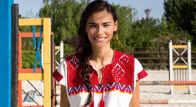 Photo of Saadet Işıl Aksoy hangi dizinin oyuncu kadrosunda?