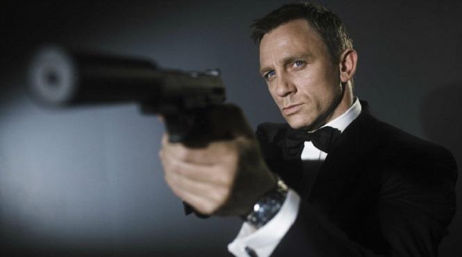 """Photo of Daniel Craig'in yerine """"dişi bond"""" geliyor"""