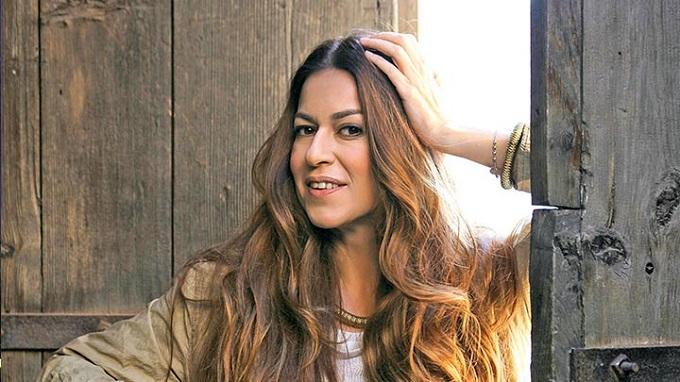 Photo of Ünlü oyuncu İpekTuzcuoğlu: Geçmişte yaptıklarımdan pişman değilim