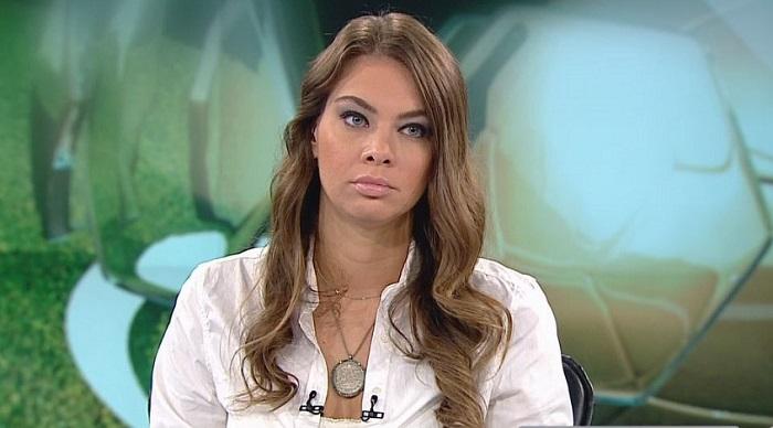 Photo of Sunucu Roksan Kunter'e iğrenç şantaj!