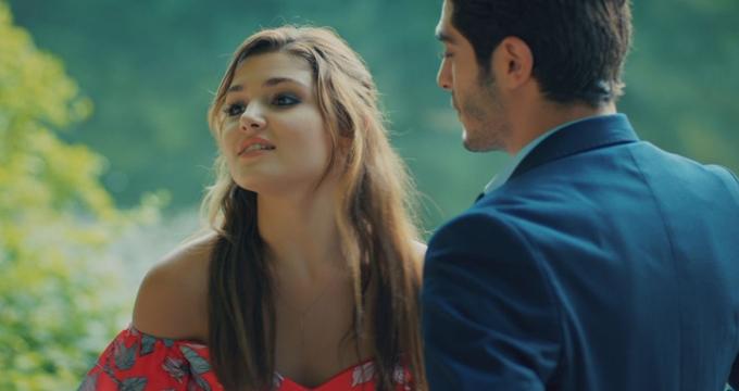 Photo of Aşk Laftan Anlamaz oyuncularıyla dikkat çekiyor!