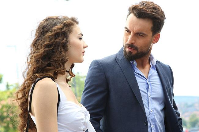 Photo of Şahane Damat 5. Bölüm Fragmanı Yayınlandımı? – Melike ve Mehmet Diva'yı Saklıyor!