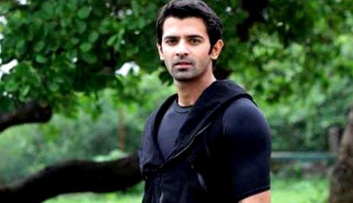 Photo of Bir Garip Aşk'ın başrol oyuncusu Barun Sobti'nin yeni dizisi ne zaman yayınlanacak?