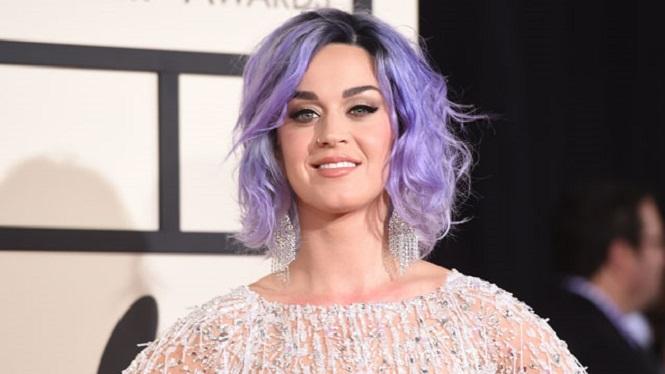 Photo of Twitter'da en çok takipçisi olan Katy Perry'nin takipçi sayısı ne kadar oldu?