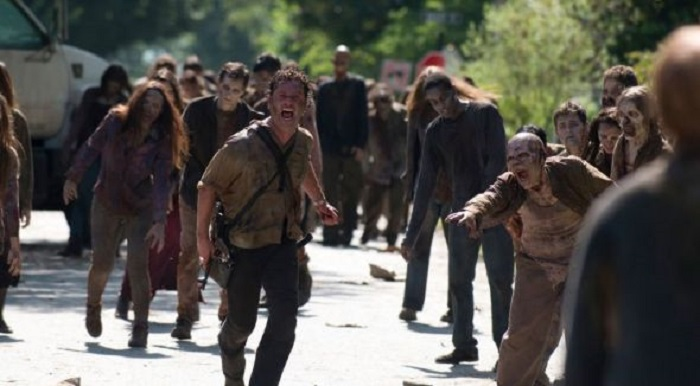 Photo of The Walking Dead 7. sezon 4. bölüm fragmanı yayınlandı mı?