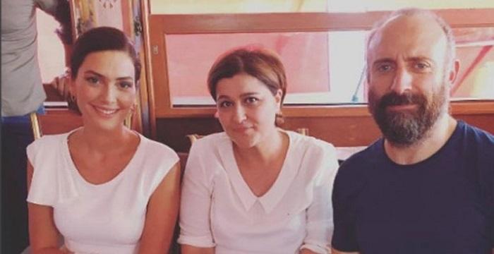 Photo of Halit Ergenç ve Berguzar Korel çifti Yenikapı'da