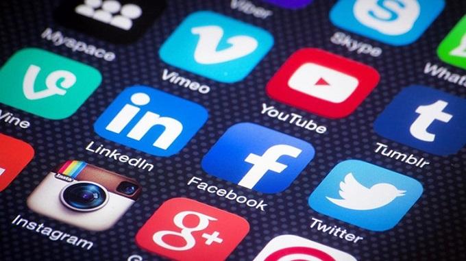 Photo of Sosyal medyayı gelir kapısı yapanlara vergi geliyor