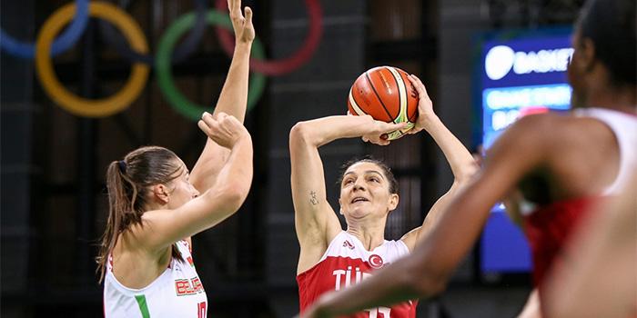 Photo of A Milli Kadın Basketbol Takımı Rio'ya veda etti!