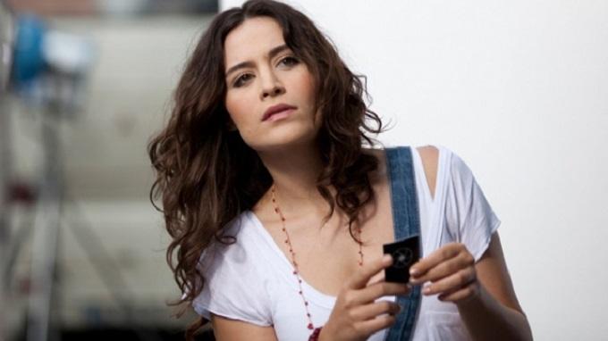 Photo of Belçim Bilgin istediği Netflix dizisi rolünü hangi isme kaptırdı?