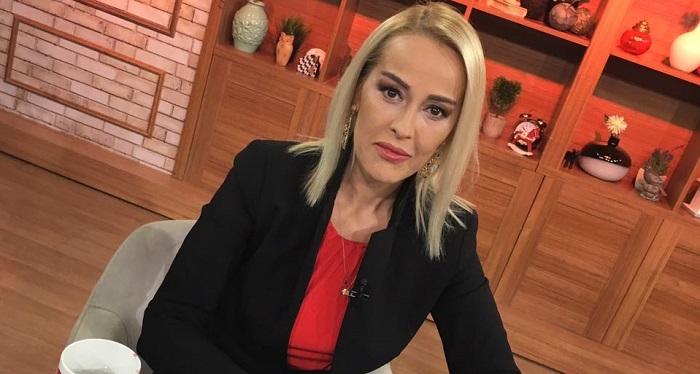 """Photo of Helin Avşar: """"Eve giren fanatik adam ablamın kıyafetlerinden birini giyip…"""""""