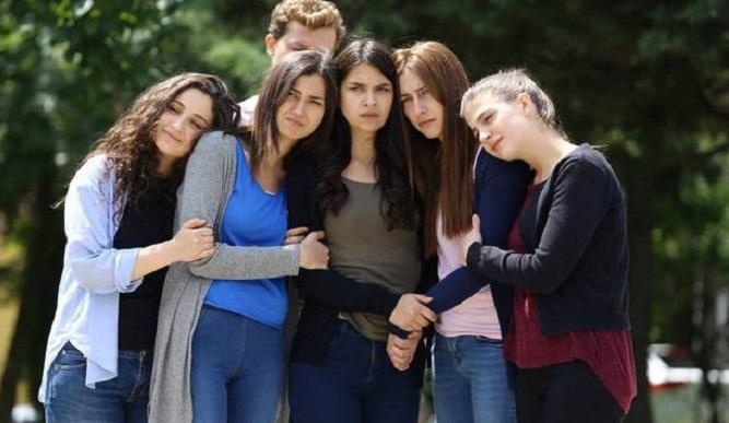 Photo of Hangi oyuncu Kırgın Çiçekler'den Aşk ve Mavi'ye transfer oldu?