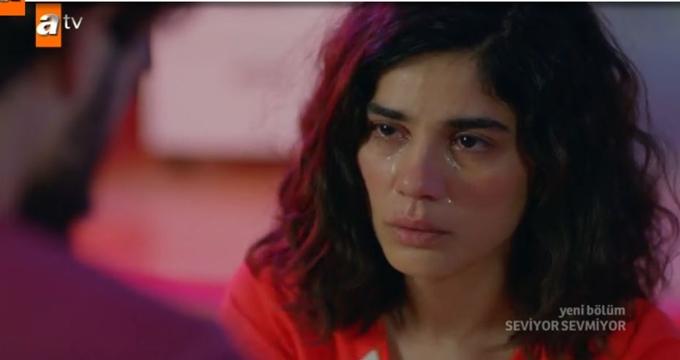 Photo of Seviyor Sevmiyor'un son bölümde İrem'in Deniz'e aşk ihaneti