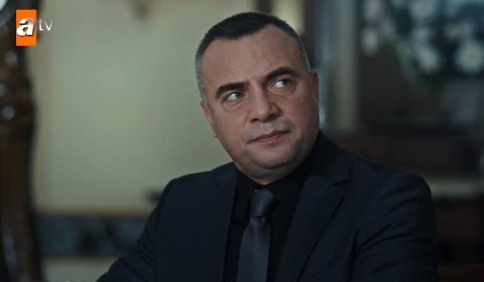 Photo of Eşkiya Dünyaya Hükümdar Olmaz'da dikkat çeken FETÖ sahnesi