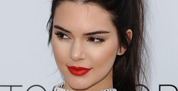 Photo of Hangi Türk iş adamı Kendall Jenner'a 1 milyar dolarlık hediye verdi?