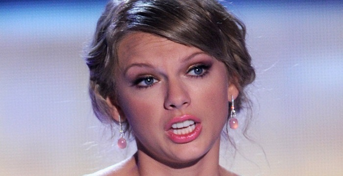 Photo of Müzik dünyasının en çok kazanan şarkıcısı Taylor Swift ne kadar kazanıyor?