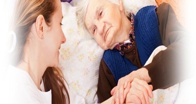 Photo of Evde yaşlı veya engelli bakım aylığı ne kadar, Yakınına bakan emekli mi oluyor?