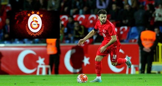 Photo of Galatasaray için zor günler… İlk transfer Ahmet Çalık oldu