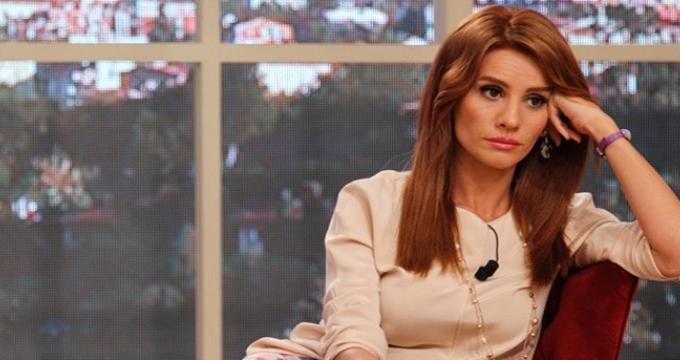 Photo of ATV'nin Esra Erol'un programıyla ilgili kararı ünlü sunucunun hayranlarını üzdü