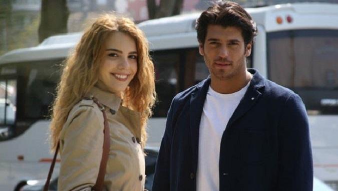 Photo of Hangimiz Sevmedik dizisinde hangi başrol oyuncusuyla yollar ayrıldı?