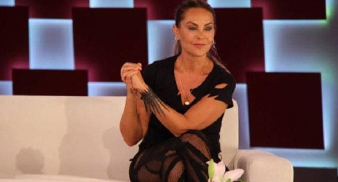 Photo of Hülya Avşar'ın Star'daki yeni programı başlıyor… Programın ilk konuğu Acun Ilıcalı olacak(M.Bey-Özel)