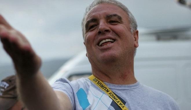 Photo of TV dünyası tecrübeli televizyoncu Koral Ayhan'ın trafik kazasında hayatını kaybetmesine ağlıyor