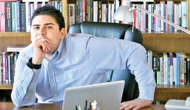 Photo of Oray Eğin Habertürk'teki ilk yazısında hangi yazarlara dokundurmadan edemedi?