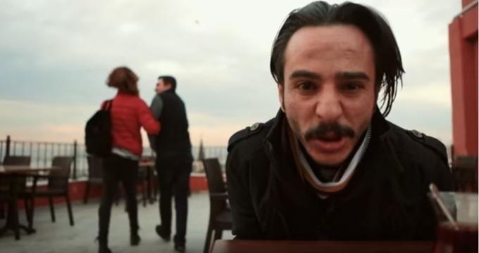 Photo of Sosyal medyada bu klip rekor kırdı 'Bizim oğlanın rahatına bak'
