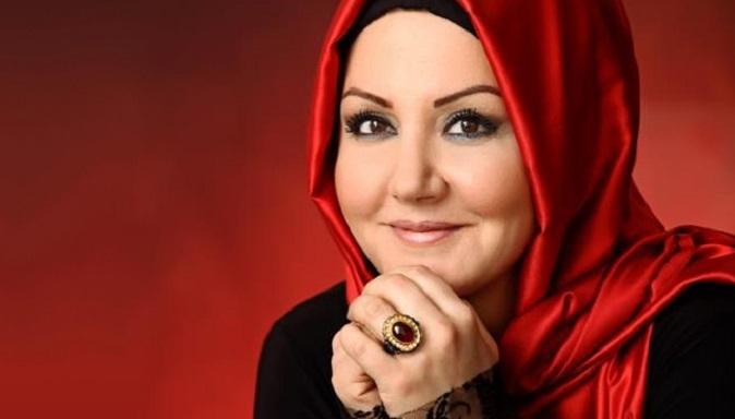 """Photo of Sunucu İkbal Gürpınar: """"Onlar yatak odalarına kamera yerleştirmekten hoşlanırlar"""""""