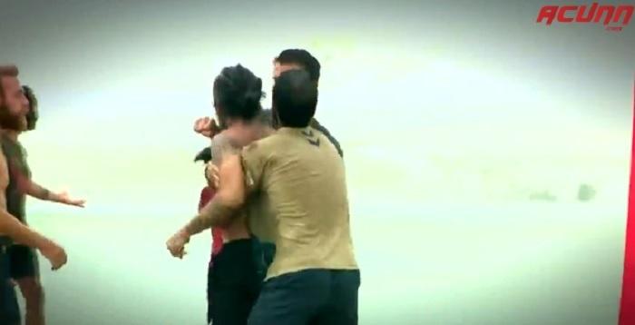 Photo of Survivor'da İlhan Mansız Fatih Hürkan birbirine girdi