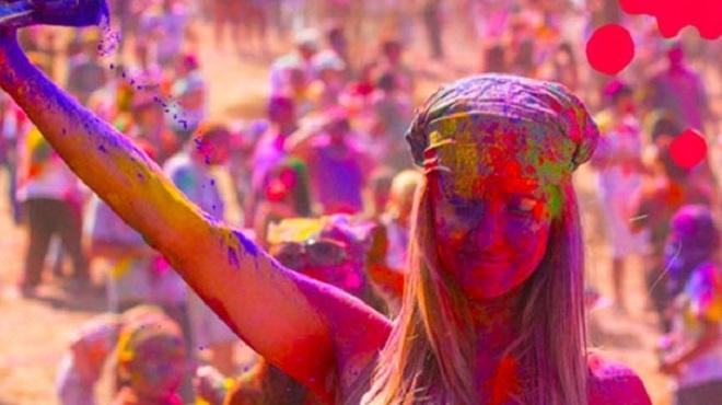Photo of Hint Kültürü'nün en büyük geleneksel bayramı Holifest etkinliğiyle İstanbul'da