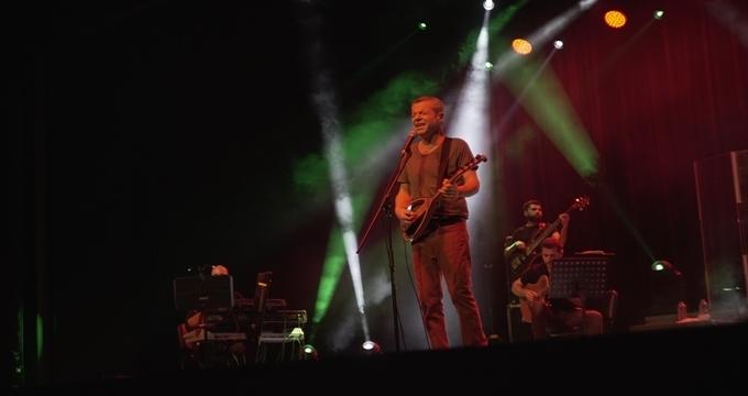 Photo of Levent Yüksel yepyeni bir albüm müjdesi ile gümbür gümbür geliyor!