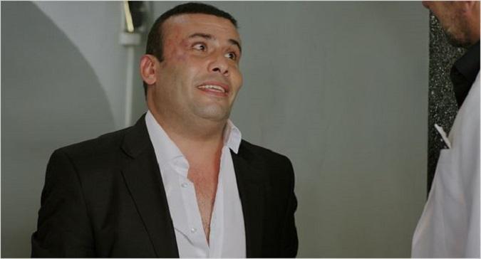 Photo of İzmir Marşı'nı küfürlü okuyan oyuncu Ebubekir Öztürk Payitaht Abdülhamid dizisinden kovuldu
