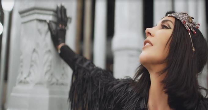 Photo of Hande Yener Hollywood'da çektiği kliple yaza damga vurmanın peşinde!
