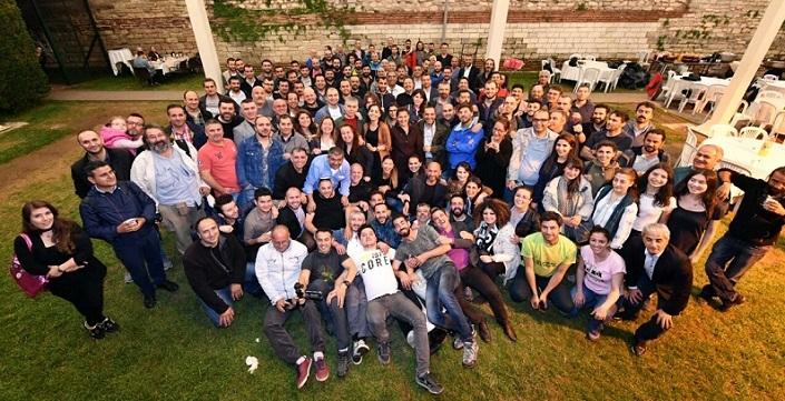 Photo of İstanbul'da görev yapan gazeteciler geleneksel iftarda bir araya geldi