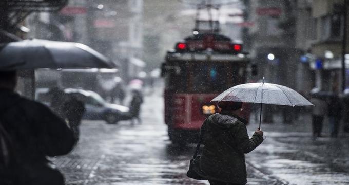 Photo of İstanbullular bugüne dikkat! Yaz ortasında İstanbul'a sağanak yağış!