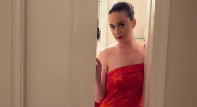 Photo of Twitter'da en fazla takipçi sayısına ulaşan Katy Perry'den dünya rekoru!