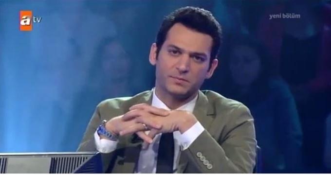 Photo of Kim Milyoner Olmak İster sunucusu Murat Yıldırım yarışmacının hakkını mı yedi?