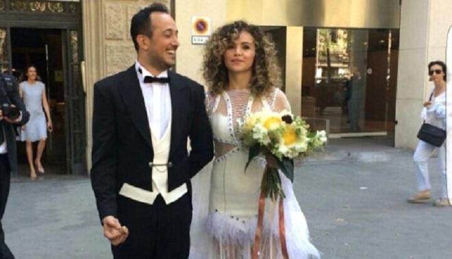 Photo of Barcelona'da dünya evine giren Sarp Apak'ın düğününe kimler katıldı?