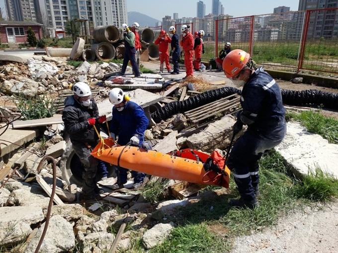 Photo of Akut Deprem öncesi ve sonrası için bilgilendirdi