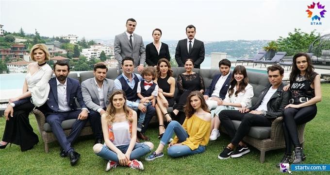 Photo of Star TV Dolunay dizisi oyuncuları kimler? Dolunay 1. bölüm izle
