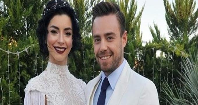 Photo of Merve Boluğur ve Murat Dalkılıç'tan ayrılık haberi üzdü