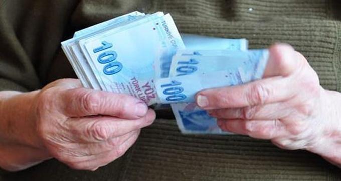Photo of Emeklilere maaşının 3 katı avans mı geliyor?